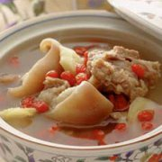 柴胡枸杞子羊肉汤的做法