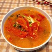 孕妇菜谱蕃茄鱼头汤的做法
