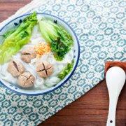 潮汕牛肉丸粿条汤的做法