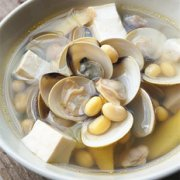 文蛤豆腐汤的做法