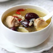 玉竹红枣煲鸡汤的做法