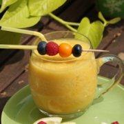 香蕉菠萝苹果汁的做法