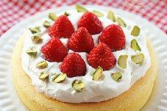 草莓奶油奶酪蛋糕的家常做法