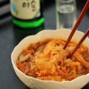 泡菜炒红薯粉的做法